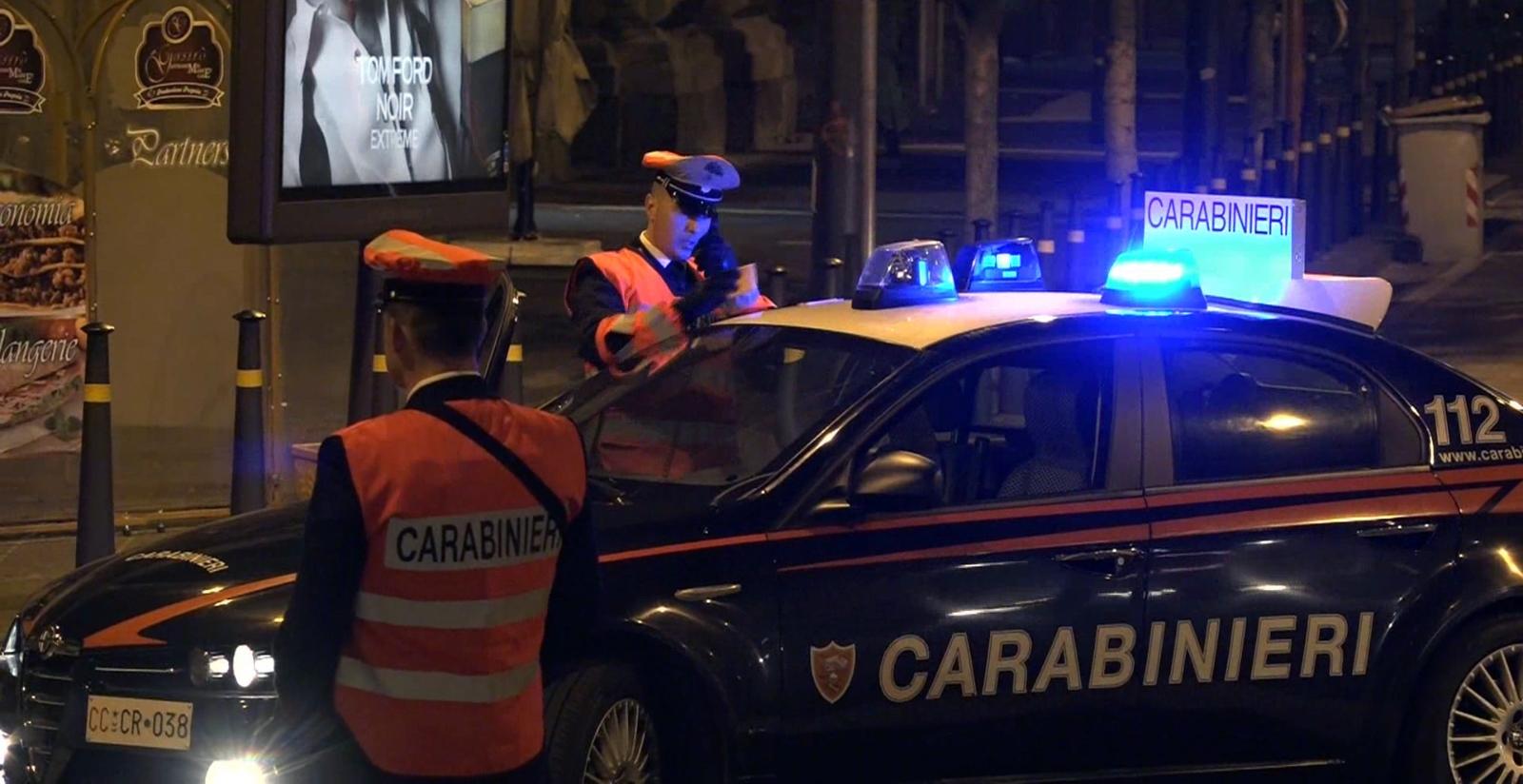 Blitz dei Carabinieri a Napoli sui parcheggiatori abusivi