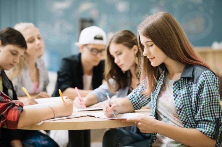 """Le """"scuole della legalità"""", una rete di azioni, incontri, studenti, istituti, docenti e generazioni contro ogni illegalità"""